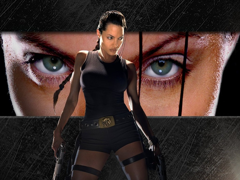Angelina_jolie_raider_eyes.jpg