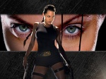 Angelina jolie raider eyes
